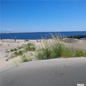 Point Lookout NY is an oceanside community with a private beach. Homes available with specatcular ocean views