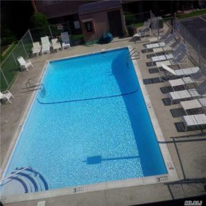 Long Beach NY Summer Rental on the Beach with Pool